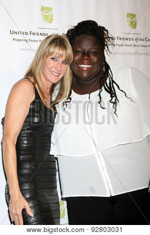 LOS ANGELES - JUN 2:  Ande Rosemblum, guest at the United Friends of the Children Brass Ring Awards Dinner at the Beverly Hilton Hotel on June 2, 2015 in Beverly Hills, CA