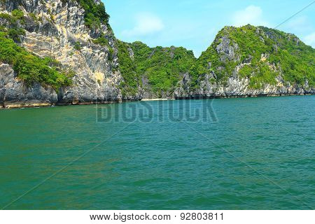 Cat Ba Islands And Rock Formations
