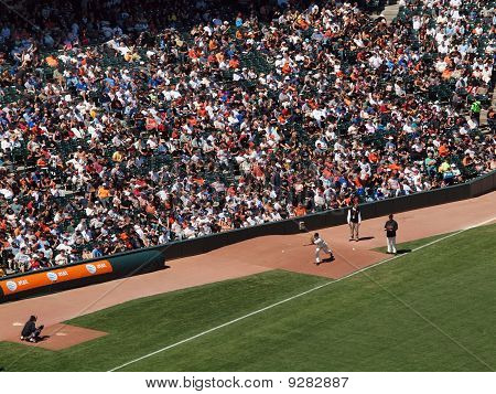 Giants Reliever Javier Lopez Warms Up In The Bullpen With A Sidearm Pitch