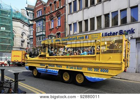 Sightseeing bus for tourists in the center of Dublin.