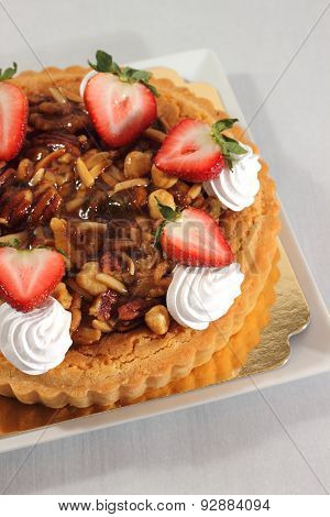 Nut Pie Ontop Cream  And  Fresh Strawberry