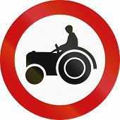 stock photo of motor vehicles  - No access for motor vehicles that cannot exceed 25 km - JPG