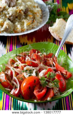 Fresh Salad With Tomatoes, Onions And Coriander - Achik-chuchuk. The Traditional Dish Of Uzbek Cuisi