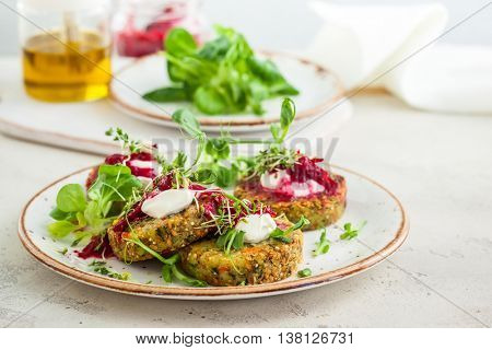 Fritters with quinoa,vegetables and flax seeds