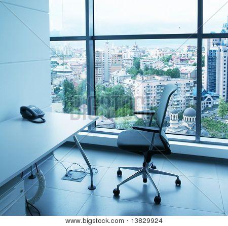 Homens no escritório