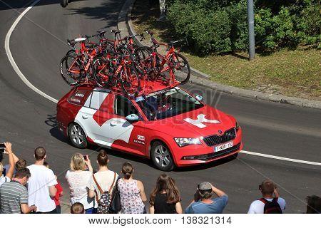 Cycling Race Team Car