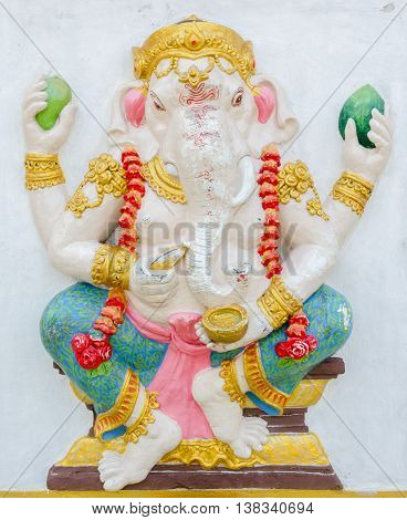 Ganesha Statue,  The Public Is Open To The People Worship. (bhakit Ganapati)