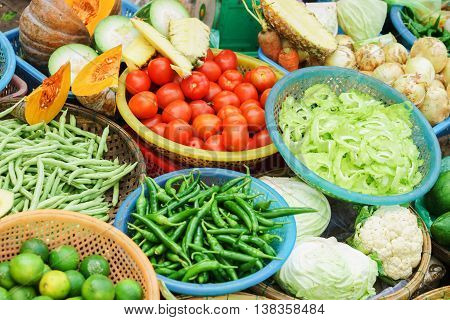 Asian Street Market Selling Tomato Pepper Pea Pod And Cabbage