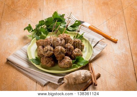 meatballs with cinnamon and ginger