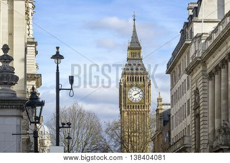 Big Ben Clock Tower in a sunny day
