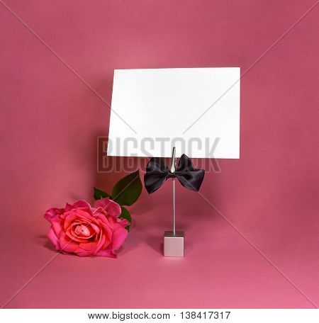 Note holder with the male butterfly with rose and empty card