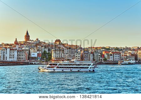 Istambul,turkey- May 07, 2016: Istanbul View Of The Sunset In The Rays Of The Sun. Istanbul Is The L
