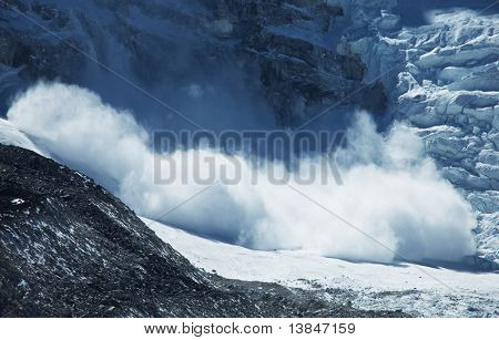 avalanche in Himalaya