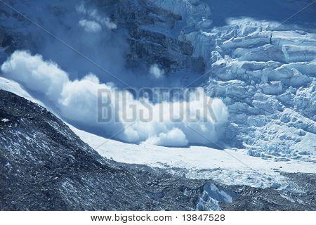 avalanche in Himalaya