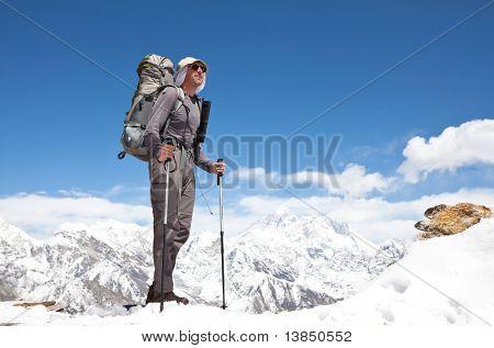 Trepador de la montaña del Himalaya