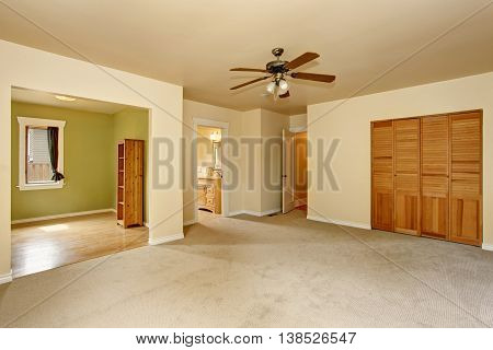 Old Craftsman Style House With Beige Interior Paint.