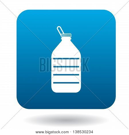 Used plastic bottle icon in simple style on a white background