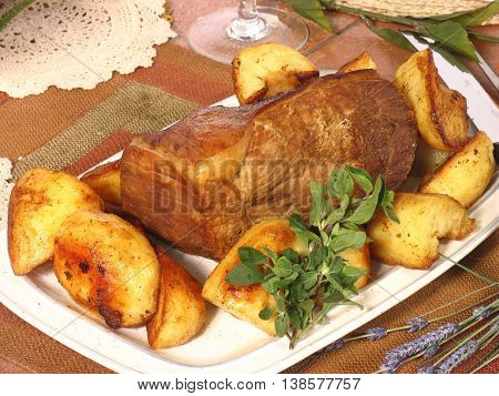 Roast Beef, Roast Potatoes And Herbs 1 20