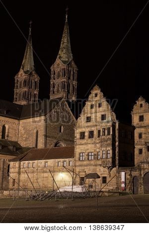 At the hill of the cathedral in Bamberg by night