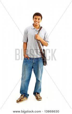Glücklich lässig gekleidet junge schwarze College-Studentin, die isoliert auf weißem Hintergrund