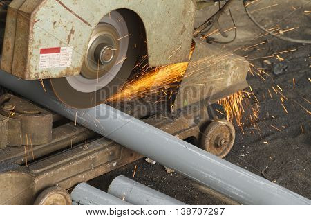 Cutting steel by cutting fiber in steel factory.