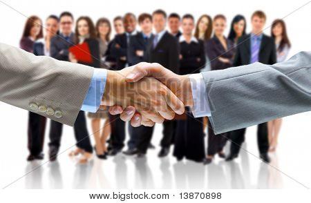 hombre de negocios con la mano abierta lista para sellar un acuerdo
