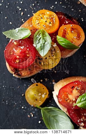 Crostinis with Fresh Cherry Tomatoes and Basil