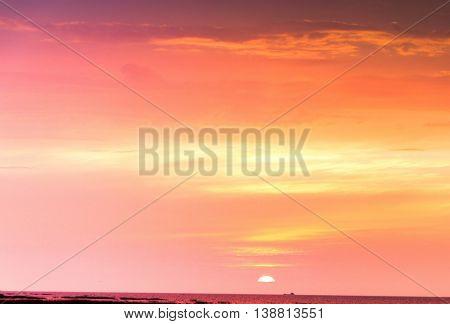Fiery Heaven Idyllic Backdrop