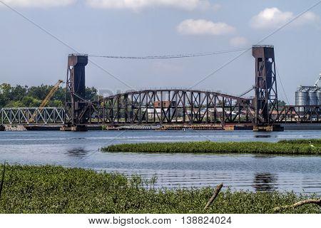 Norfolk Southern Tennessee River Railroad Lift Bridge