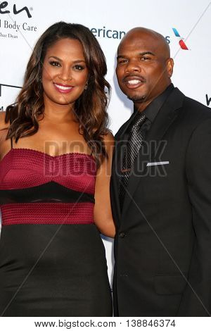 LOS ANGELES - JUL 16:  Laila Ali, husband at the HollyRod Presents 18th Annual DesignCare at the Sugar Ray Leonard's Estate on July 16, 2016 in Pacific Palisades, CA