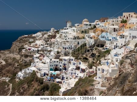 City On The Santorini