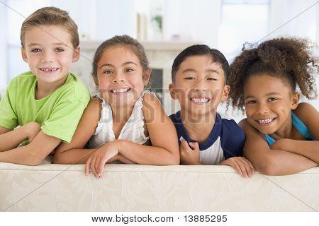Gruppe junger Freunde zusammen