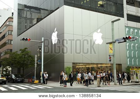 TOKYO-JAPAN, 24 June 2016:  Apple store known for its incredible modern architecture in Ginza,Tokyo, Japan.  Apple has 479 retail stores in 18 countries and an online store available in 39 countries.