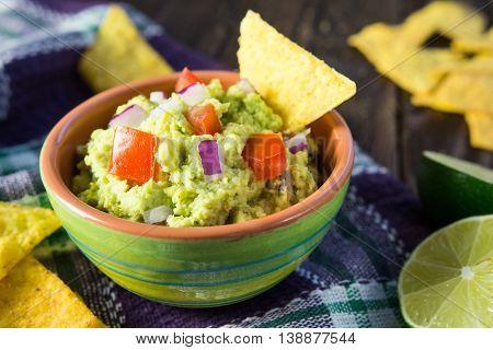 Traditional Avocado Guacamole With Tortilla Chips