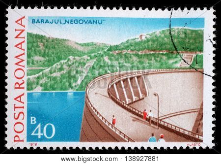 ZAGREB, CROATIA - JULY 19: a stamp printed in Romania shows Negovanu, Hydrotechnic Stations and Dams issue, circa 1976, on July 19, 2014, Zagreb, Croatia