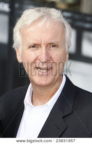 LOS ANGELES, CA - SEP 25: James Cameron at the IRIS, A Journey Through the World of Cinema by Cirque du Soleil premiere September 25, 2011 at Kodak Theater in Los Angeles, California