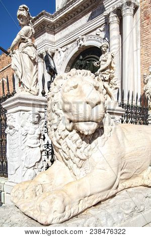 Marble lion in front of