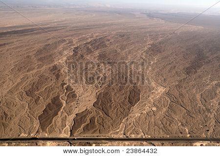 Vista aérea de líneas - cauce seco - Nazca