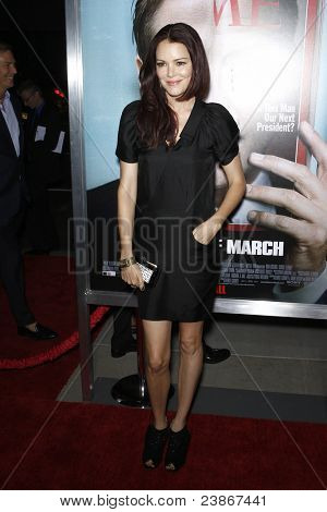 LOS ANGELES - SEPT 27:  Jacinda Barrett arriving at  the