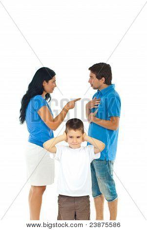 Muchacho no quiere escuchar los padres conflicto