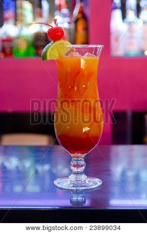 Tropischer cocktail