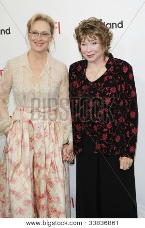 CULVER CITY - JUN 7: Meryl Streep, Shirley MacLaine at the 40th AFI Life Achievement Award honoring Shirley MacLaine held at Sony Pictures Studios on June 7, 2012 in Culver City, California