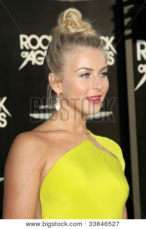 LOS ANGELES - JUN 8: Julianne Hough at the 'Rock of Ages' Los Angeles premiere held at Grauman's Chinese Theater on June 8, 2012 in Los Angeles, California