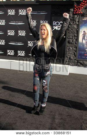 LOS ANGELES - JUN 8:  Lita Ford arriving at