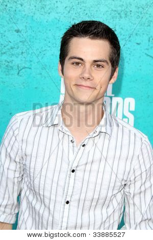 LOS ANGELES - JUN 3:  Dylan O'Brien arriving at the 2012 MTV Movie Awards at Gibson Ampitheater on June 3, 2012 in Los Angeles, CA