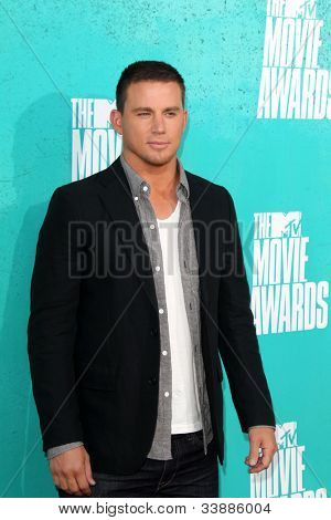 LOS ANGELES - JUN 3:  Channing Tatum arriving at the 2012 MTV Movie Awards at Gibson Ampitheater on June 3, 2012 in Los Angeles, CA
