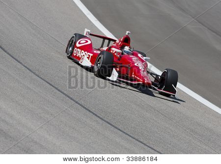 Ft WORTH, TX - JUN 08:  Scott Dixon (9) prepares to qualify for the Firestone 550 race at the Texas Motor Speedway in Fort Worth, TX on June 08, 2012.