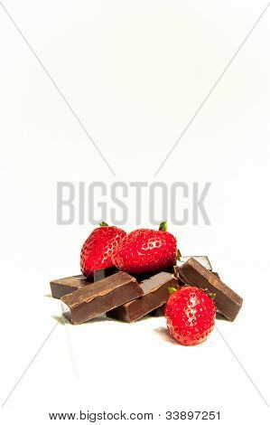 Strawberries and chocolate bars