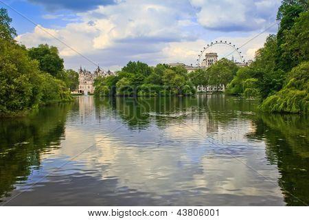 Oak Island London
