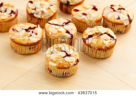 muffins with almond and blueberries